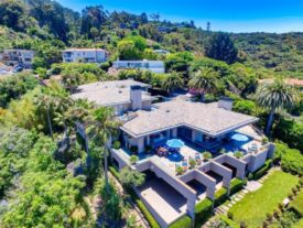 Chargers owner Dean Spanos puts home on the market